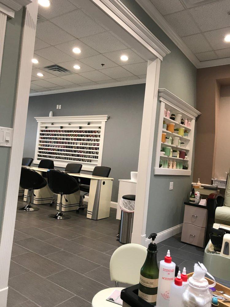 Fresh Nail Bar: 1070 Iyannough Rd, Hyannis, MA