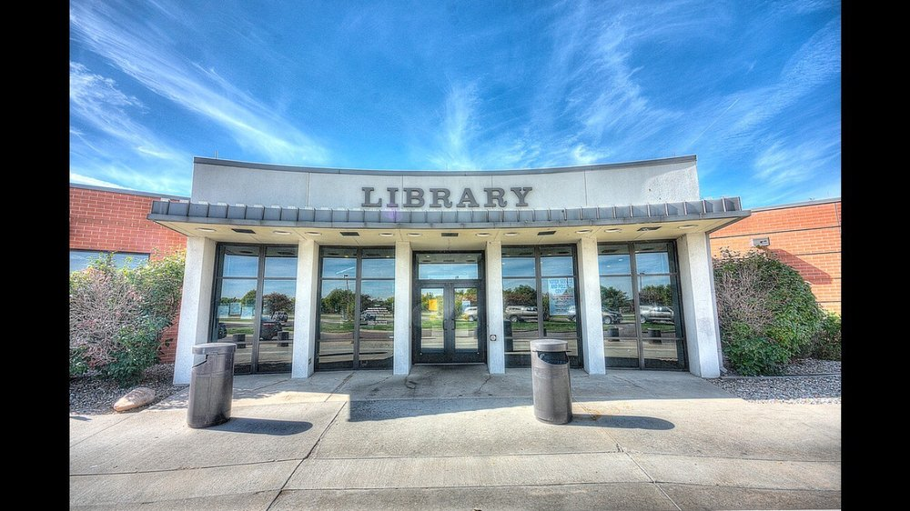 Columbine Library - Jefferson County Public Library: 7706 W Bowles Ave, Littleton, CO