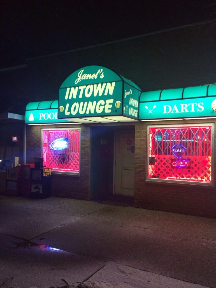 Janet's Intown Lounge: 213 N Main St, Monticello, IN