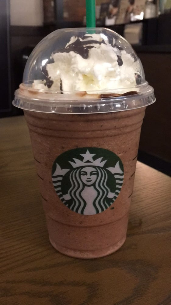 Red Velvet Cake Creme Frappuccino Doesnt Look Like The Real Thing