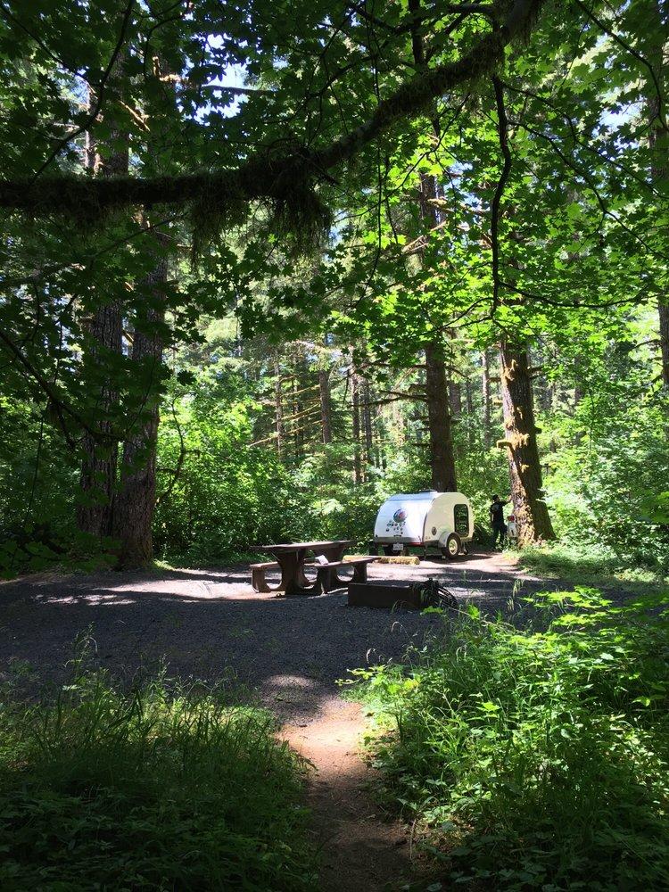 Happy Camper Teardrop Rentals: 1100 Woodwright Way, Rio linda, CA
