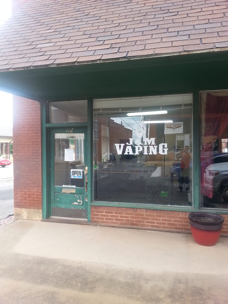 J and M Vaping: 112 N Division St, Guthrie, OK
