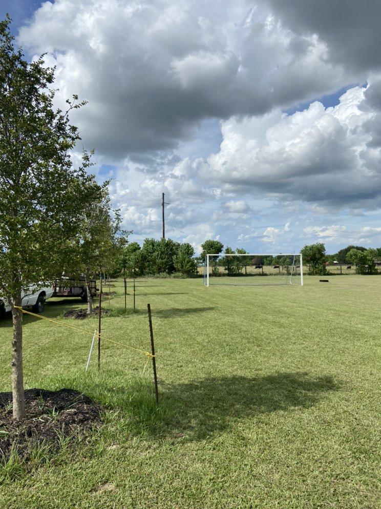 L&G landscaping: Brookshire , TX