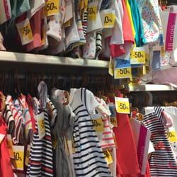 la mejor actitud adc9b 8e469 Petit Bateau - Children's Clothing - 26 rue Saint Antoine du ...