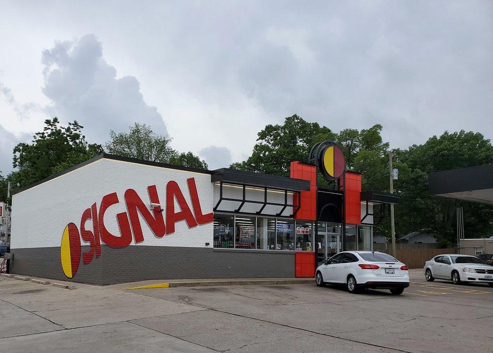 Signal: 98 US-54, Camdenton, MO
