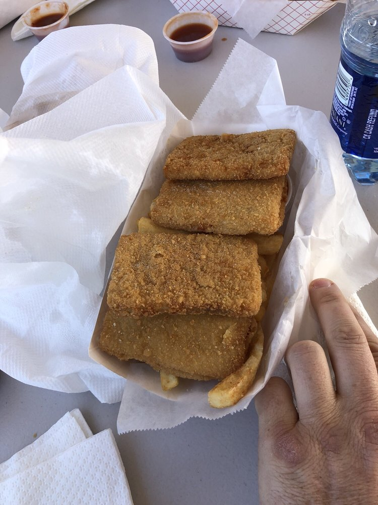 Pirate's Fish & Chips: 818 N Pinal Ave, Casa Grande, AZ