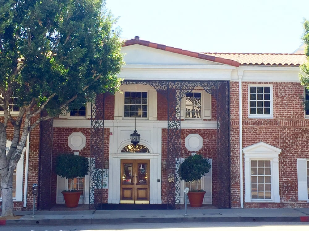 Mahkameh Soleimani-Farnad DDS, Dentist   1033 Gayley Ave 110, Los Angeles, CA, 90024   +1 (310) 623-9236