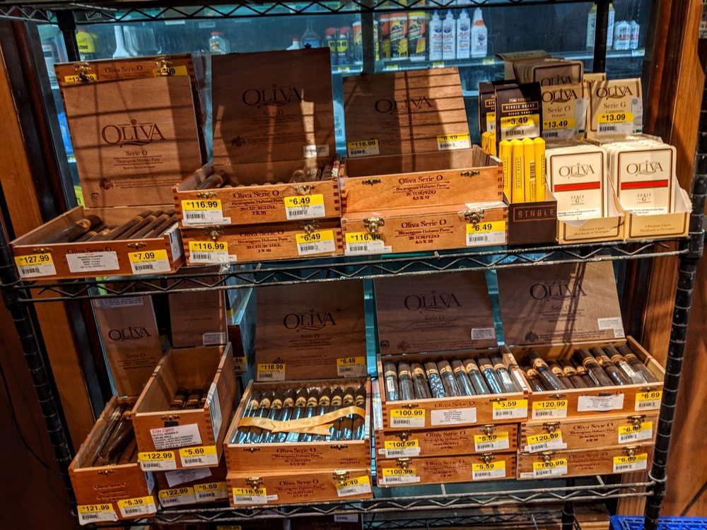 Elite Cigars: 18221 Tom Wells Rd, Ehrenberg, AZ