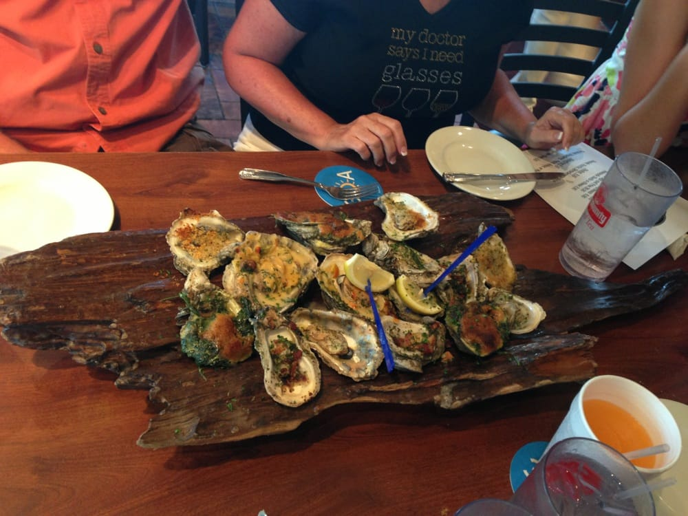 Half a log of oysters amazing yelp for Stinkys fish camp