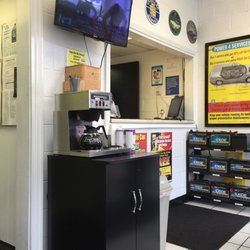 Super Lube Oil Change Stations 922 W Sunset Dr Waukesha Wi
