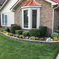 Photo Of Straight Cuts Landscaping And Lawn Care Service   Garden City, MI,  United