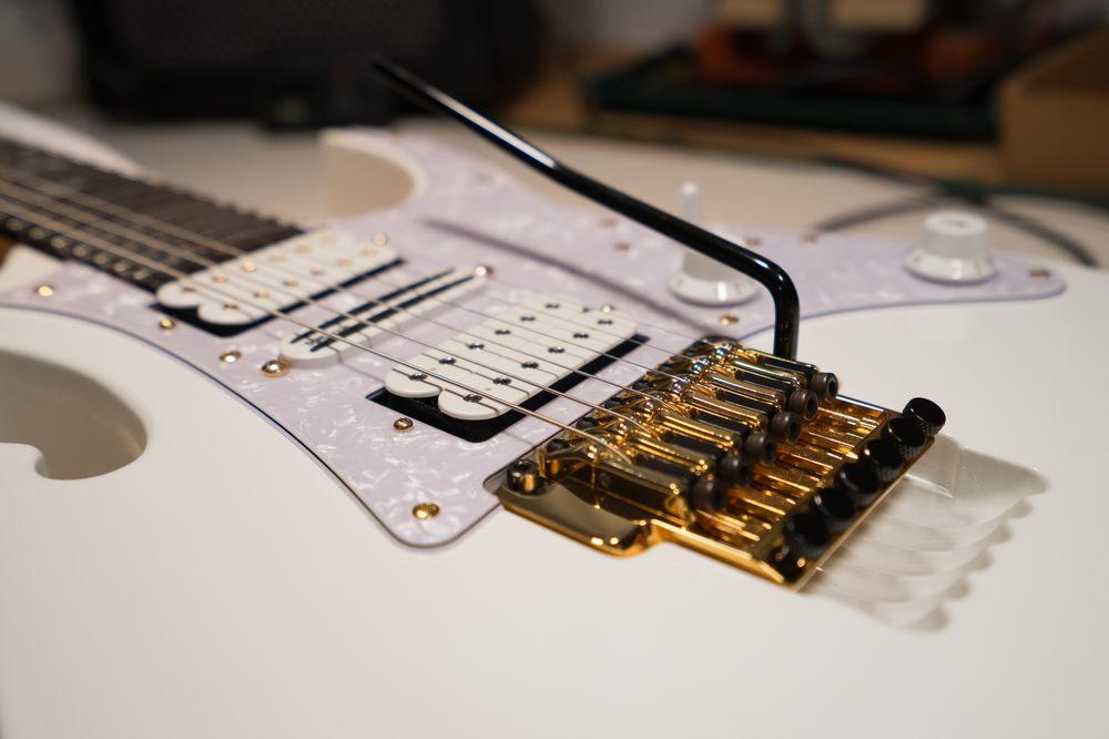 Sedona Guitar Repair and Rentals: 105 Farmer Brothers Dr, Sedona, AZ