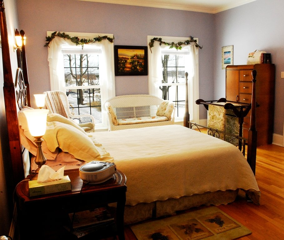 Mariaville Bed and Breakfast: 176 Batter St, Duanesburg, NY