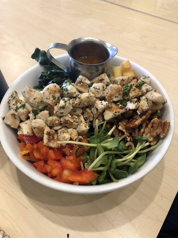 North Shore Cafe: 166 E Jewett Blvd, White Salmon, WA