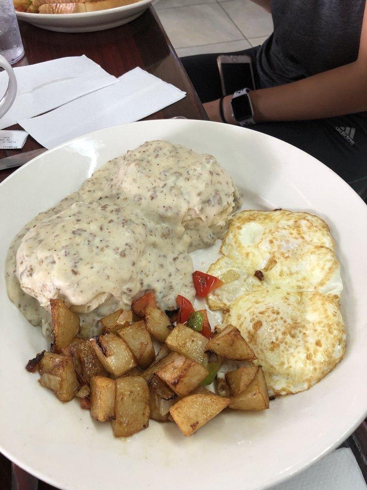 Lucky Cafe: 31242 Hwy 82, Whitesboro, TX