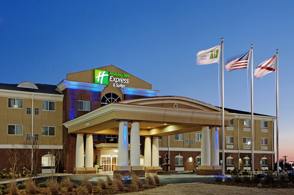Holiday Inn Express & Suites Florence Northeast: 180 Etta Gray St, Florence, AL