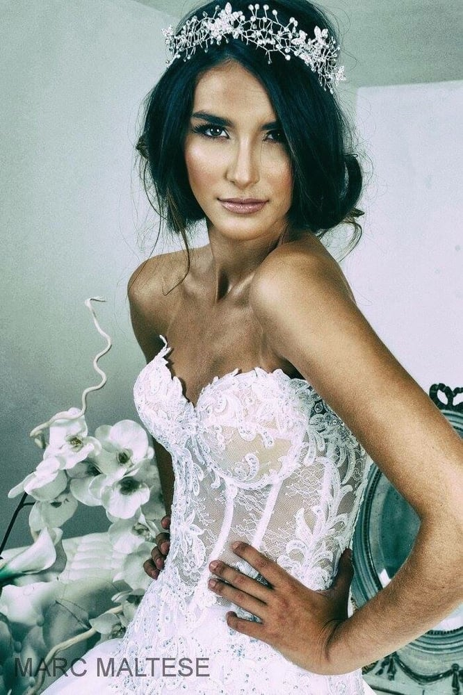 Marie photo : Marc Maltes Makeup : Imen Hair: L A Stylisme : Le ...