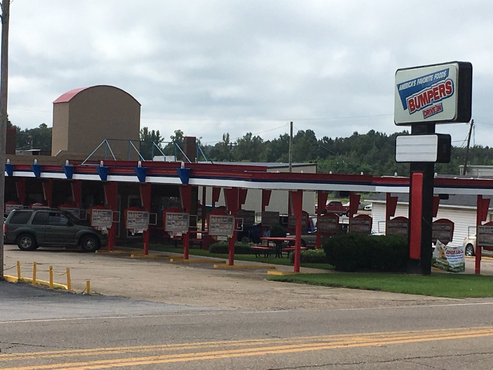 Bumpers Drive-In: 798 Columbia Ave, Prentiss, MS