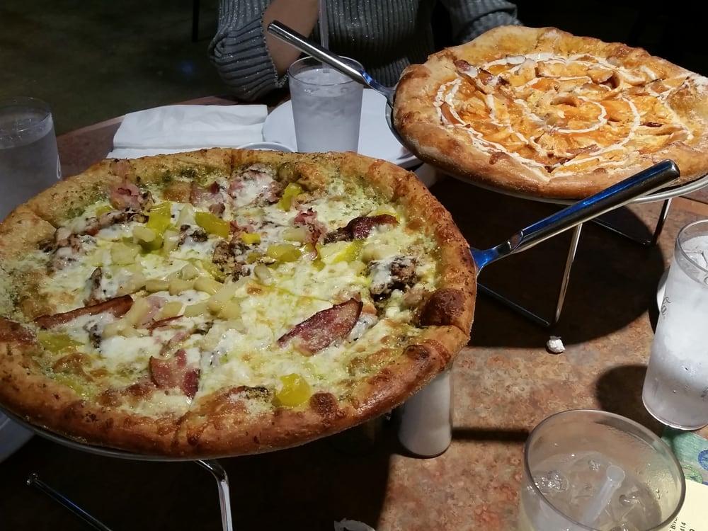 ... - Wellington, FL, United States. Maui wowie + buffalo chicken pizza