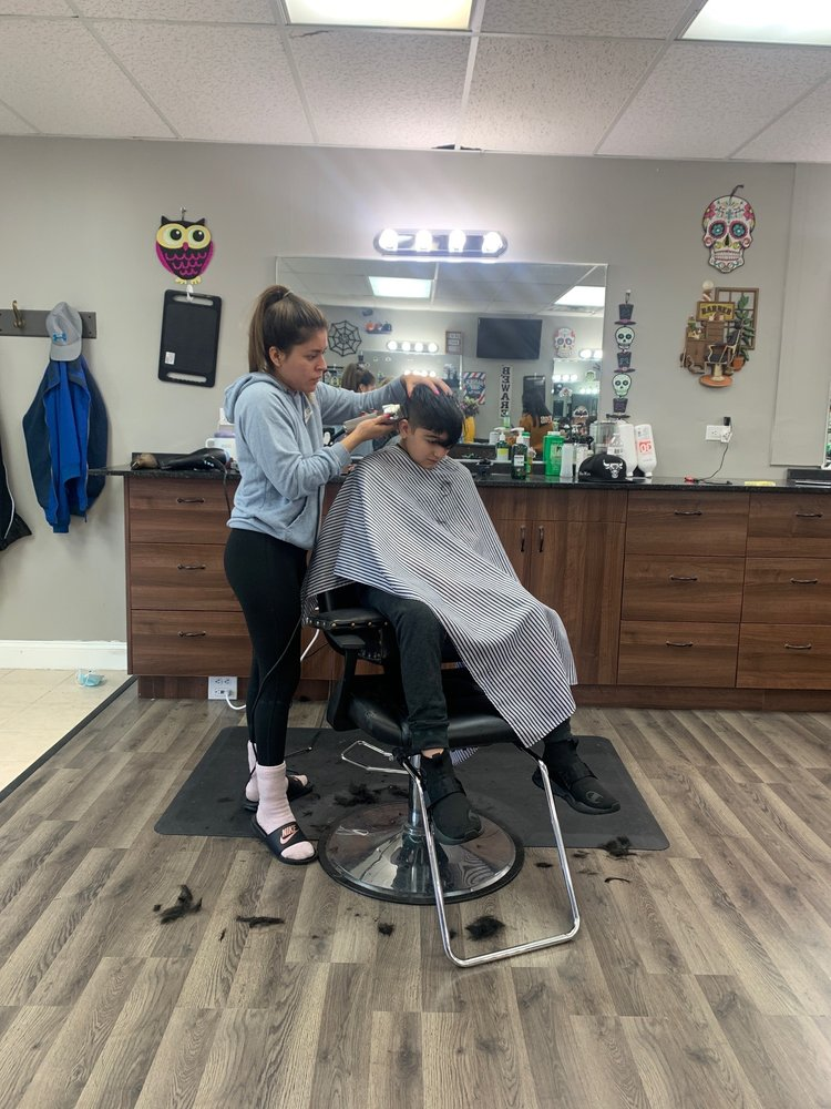 Linden Barber Shop: 101 S Milwaukee, lake villa, IL