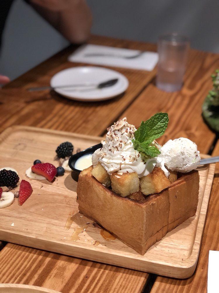 U :Dessert Story