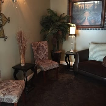 De Jolie Salon and Spa - 134 Photos & 24 Reviews - Day Spas - 18333 ...