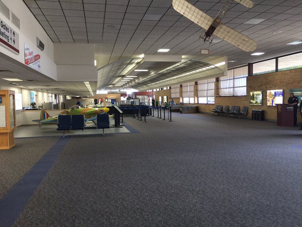 Casper/Natrona County International Airport - CPR: 8500 Airport Pkwy, Casper, WY