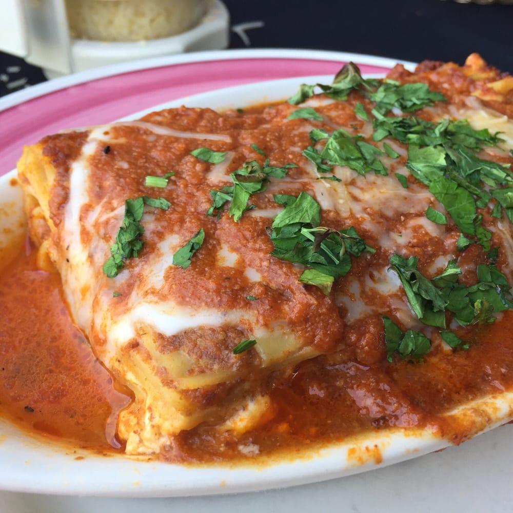 Lasagna mmmmm good yelp for Cucina italiana