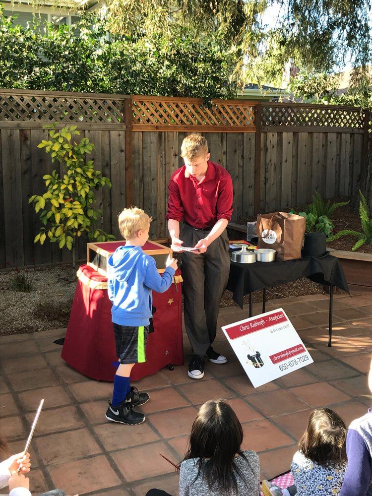Chris Rubingh Magician: San Carlos, CA