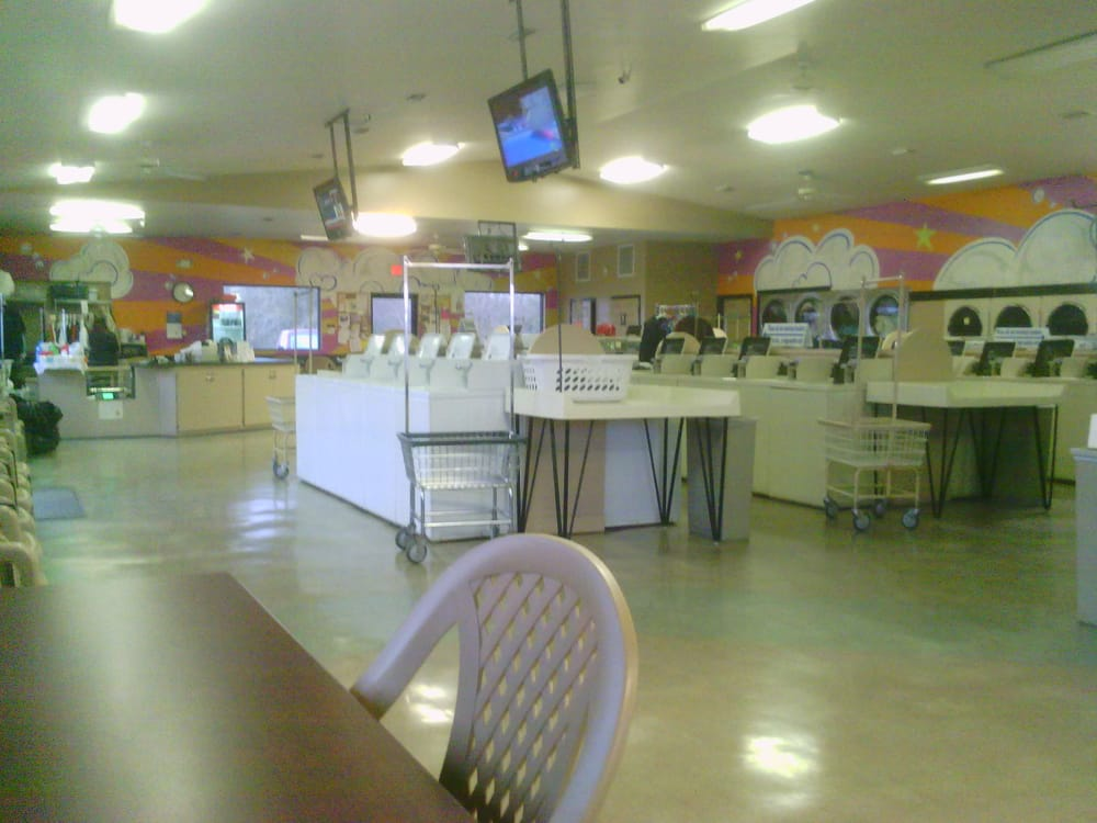 Foley Coin Laundry: 1360 S Commercial Dr, Foley, AL
