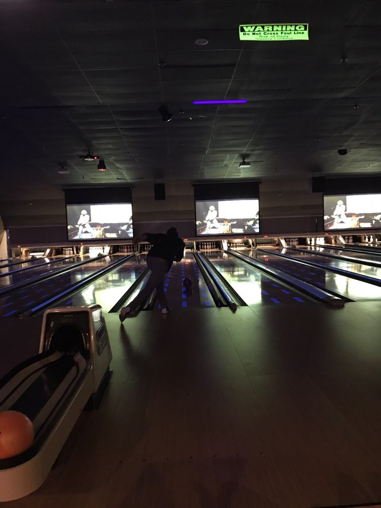 Bradley Bowl: 1217 Main St, Bradley Beach, NJ
