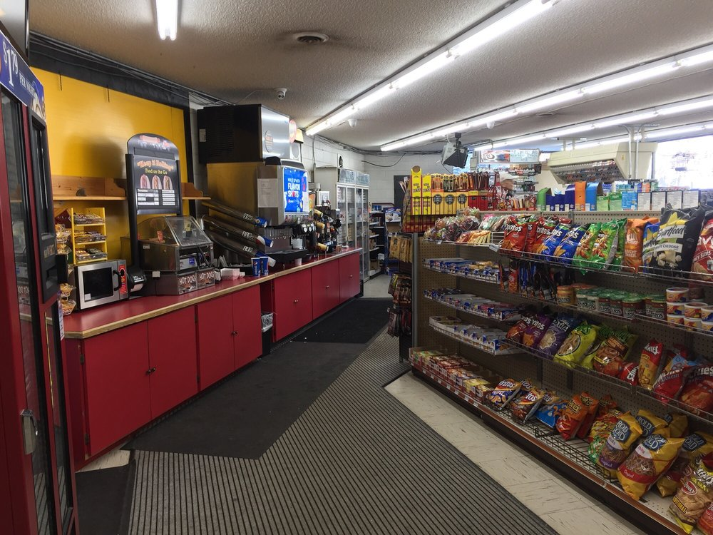 Wallace Super Stop: 10 Front St, Wallace, ID