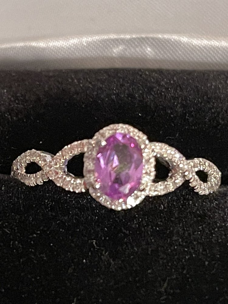 Navarre Jewelry and Quartz Watch Repair: 2282 Hwy 87, Navarre, FL