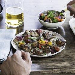 zoës kitchen 40 photos 23 reviews mediterranean 1800 e