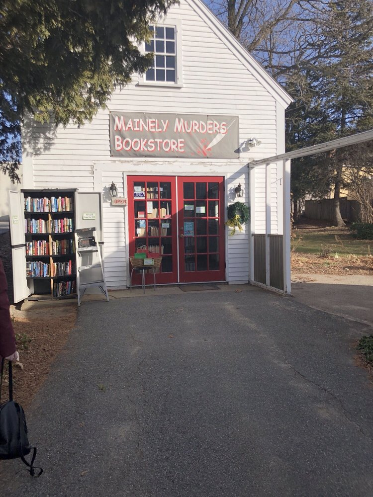 Mainely Murders Bookstore: 1 Bourne St, Kennebunk, ME