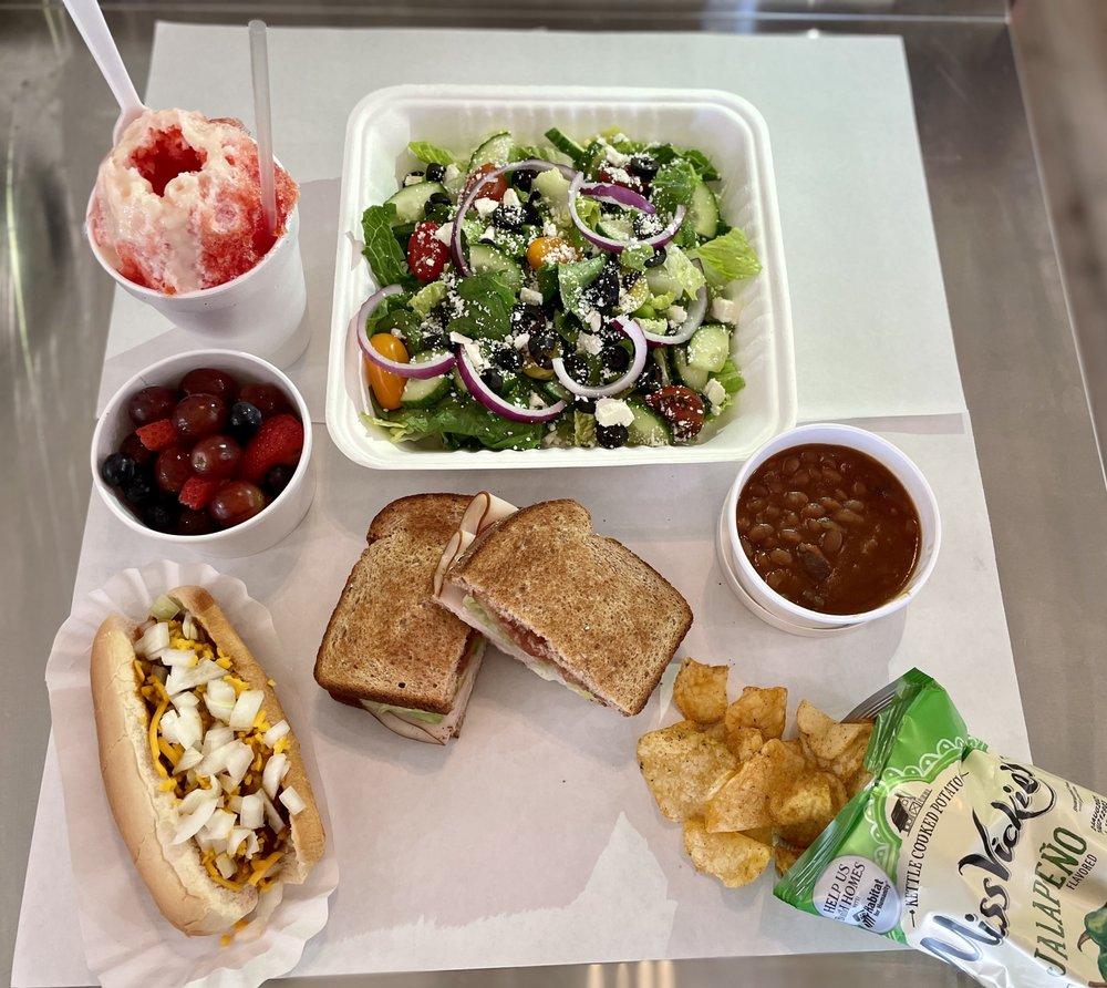 Roxies Cafe: 624 Lafayette St, Youngsville, LA