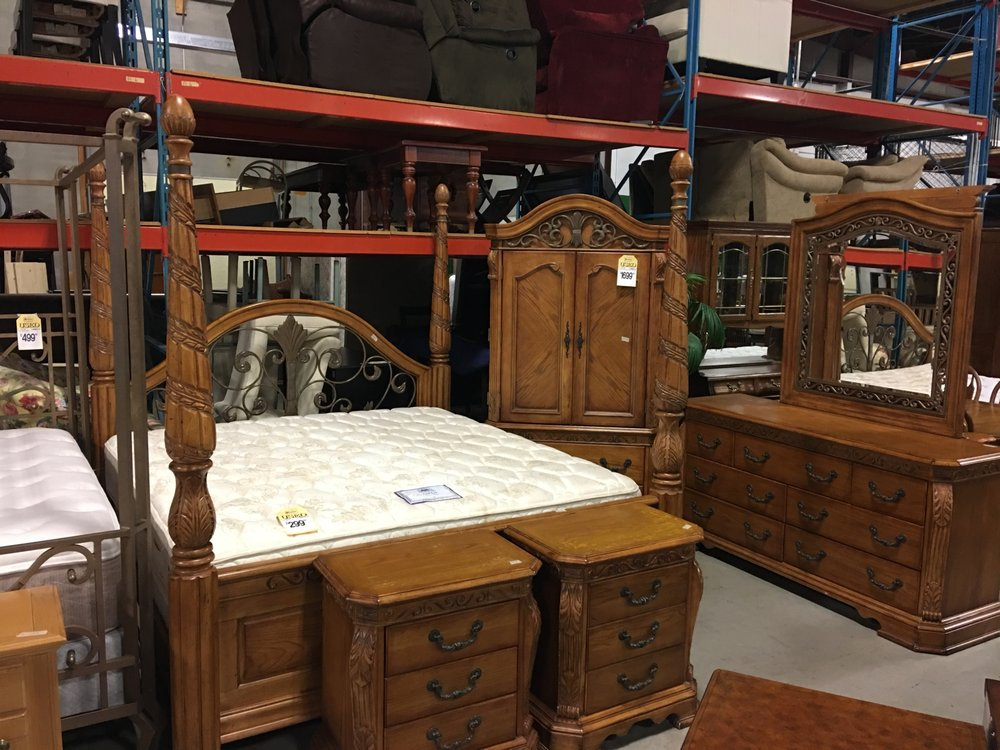 furniture on consignment 15 photos furniture stores 4506 e 13th st n wichita ks phone. Black Bedroom Furniture Sets. Home Design Ideas