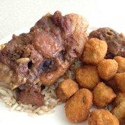 C H Cafeteria 42 Photos 24 Reviews Cafeteria 1720 Guess Rd