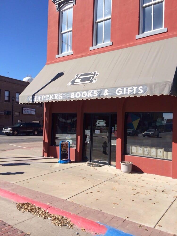 Chapters Books & Gifts: 548 Seward St, Seward, NE