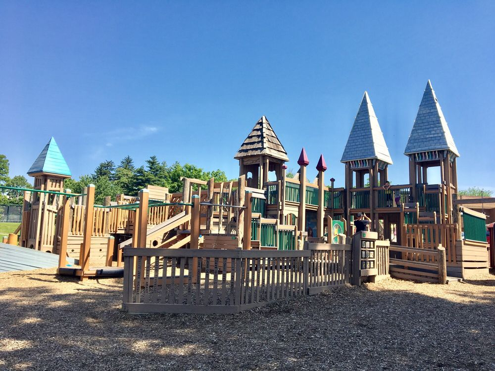 Pleasant Ridge Recreation Center: 5919 Ridge Rd, Cincinnati, OH