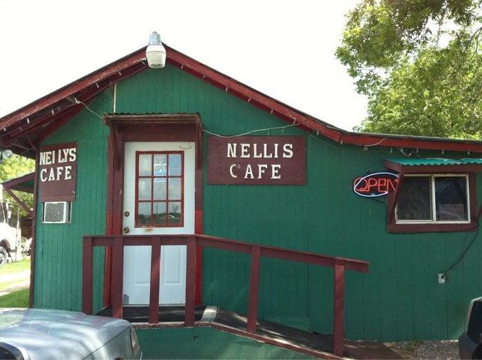 Nellie's Cafe: 310 W 2nd St, Nixon, TX