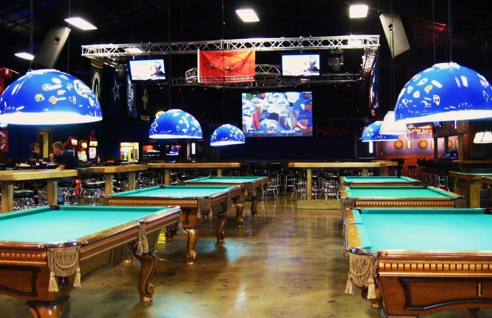Shooter's Sports Bar & Grill: 9500 Interstate 30, Little Rock, AR
