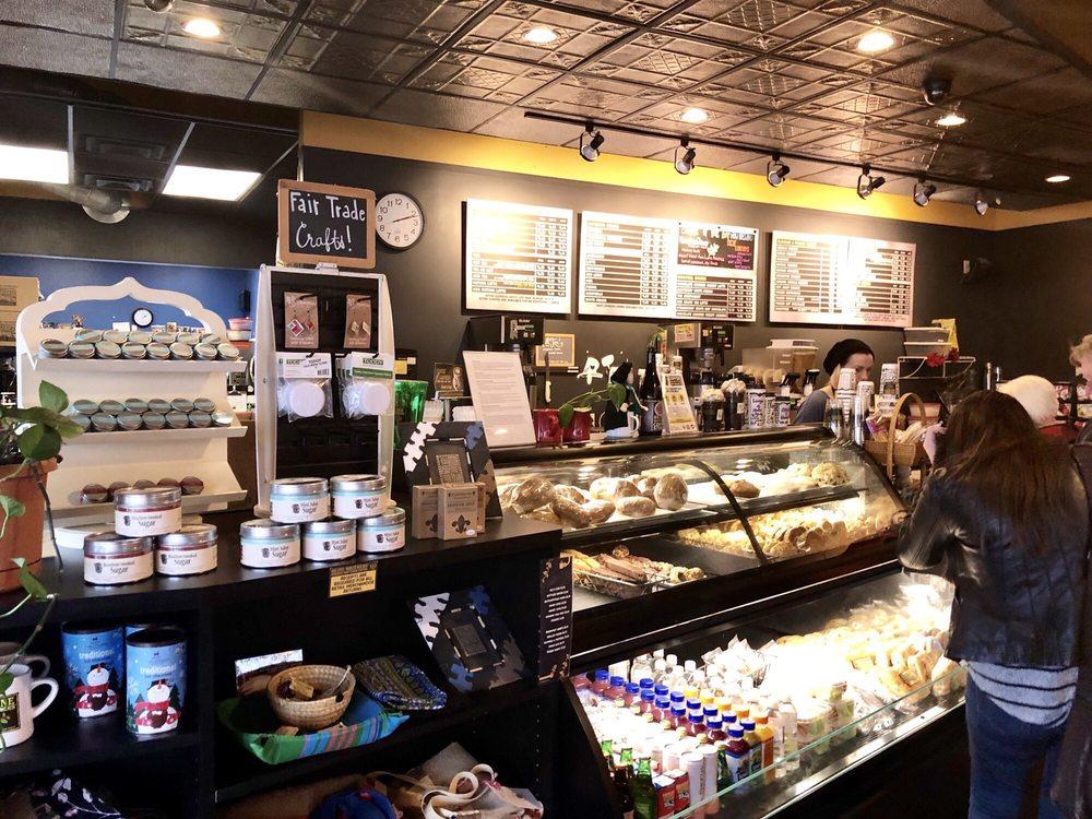 Heine Brothers' Coffee - Gardiner Lane Shopping Center: 3060 Bardstown Rd, Louisville, KY