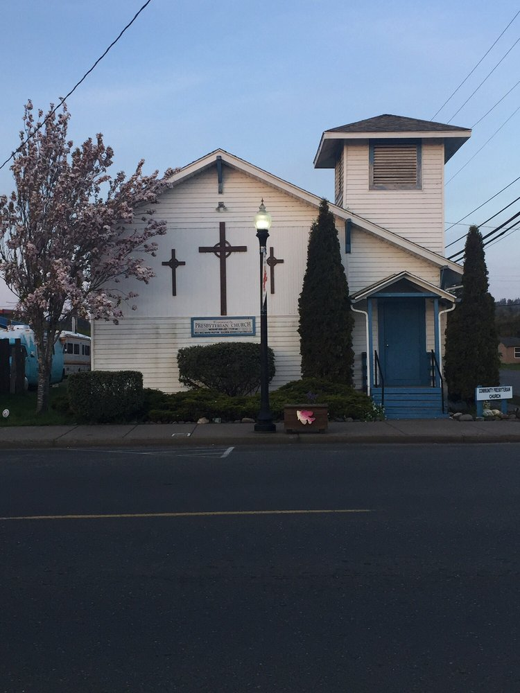 Community Presbyterian Church: 100 N 8th St, Lakeside, OR