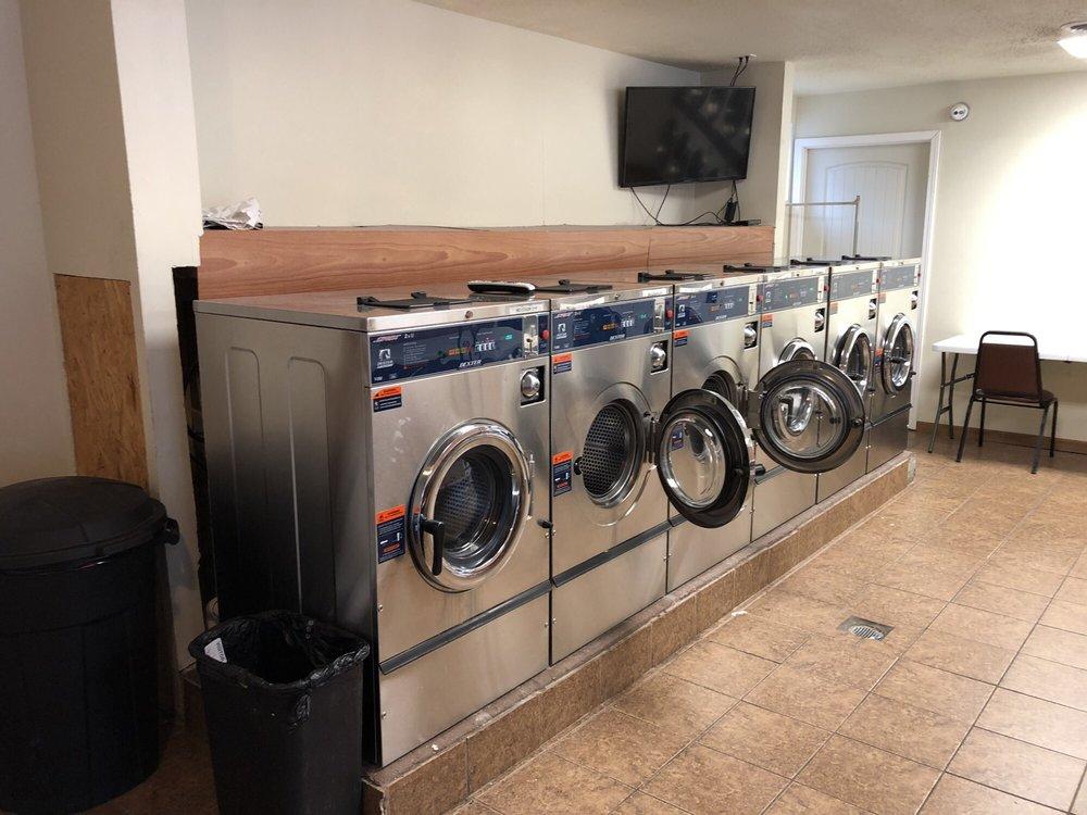 Jack's Sons Laundromat: 228 E Elm St, Alton, IL