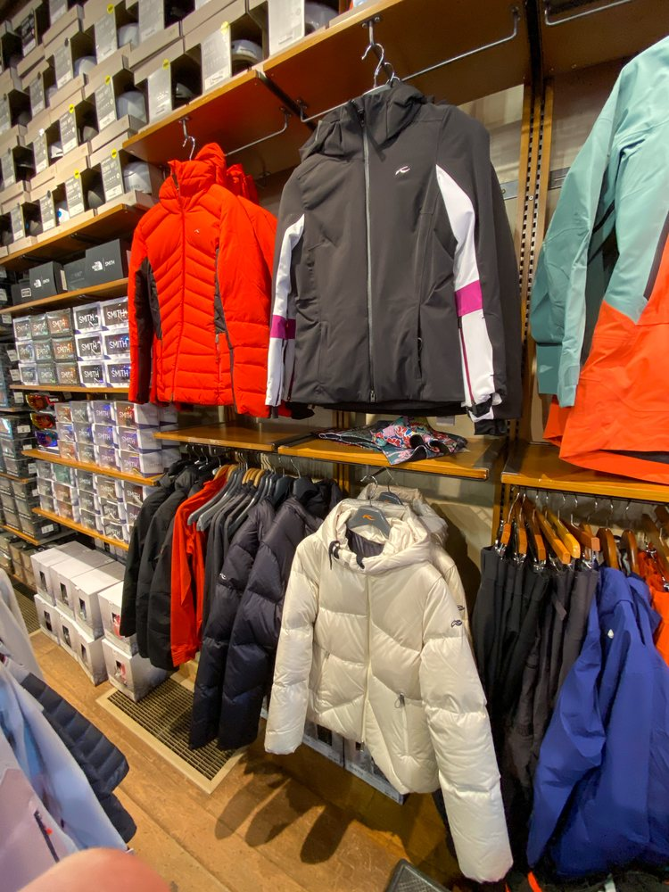 Grizzly Outfitters Ski & Backcountry Sports: 11 Lone Peak Dr, Big Sky, MT