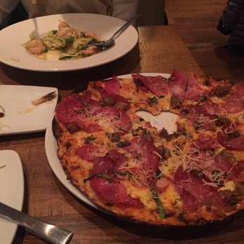 California Pizza Kitchen At Schaumburg Order Food Online 107 Photos 131 Reviews Pizza