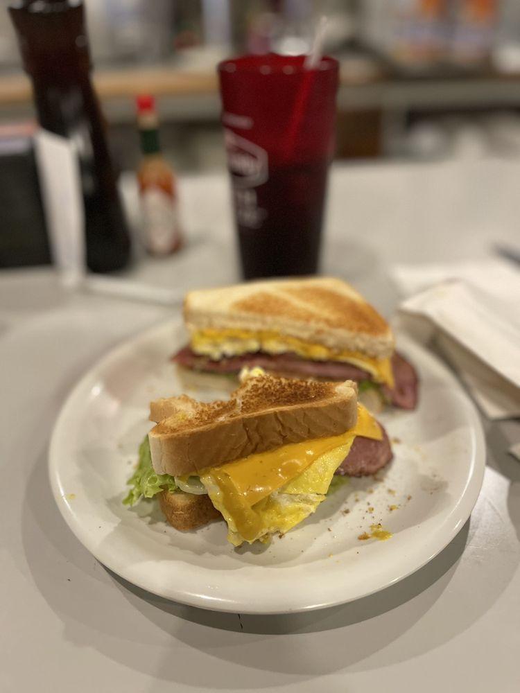 Ballard Street Cafe & Grill: 112 N Ballard Ave, Wylie, TX