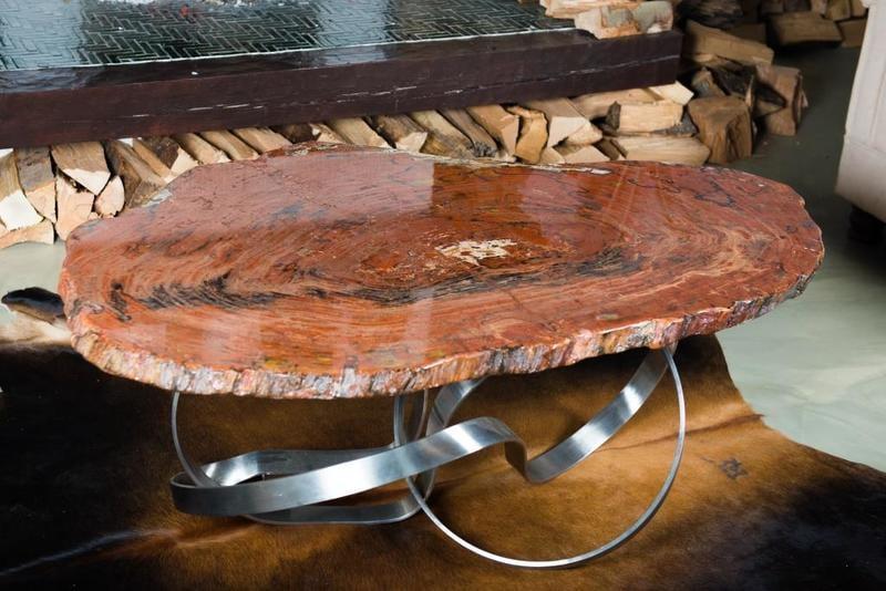Tafel Versteend Hout : Champagne tafel versteend hout yelp
