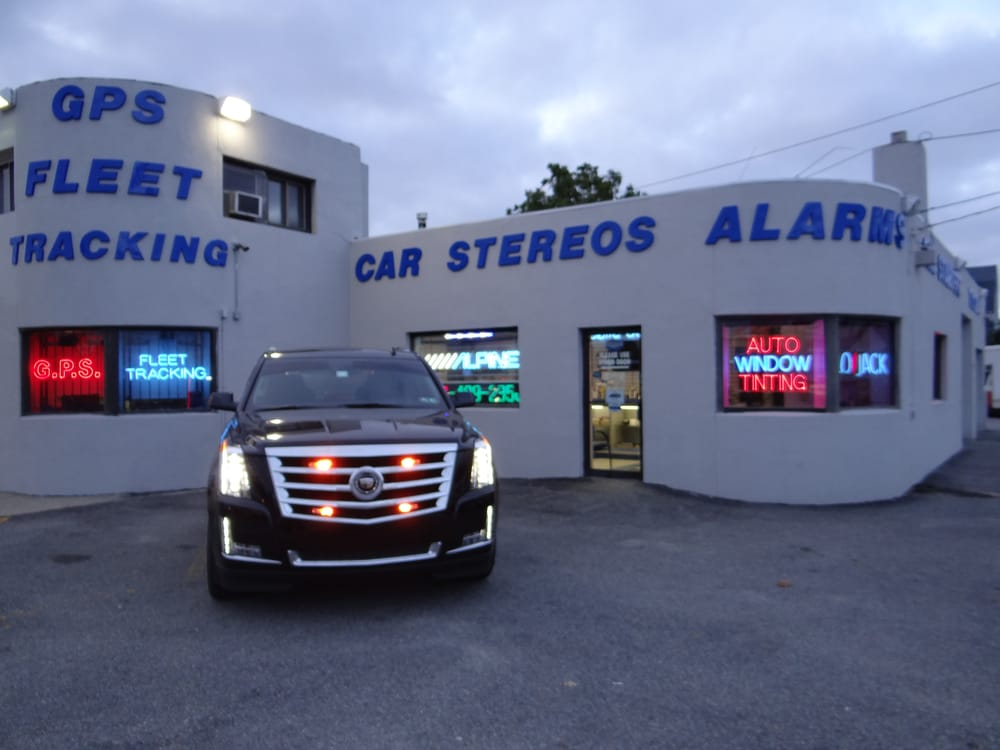 Cadillac escalade 2015 emergency lighting 1 yelp photo of movin on sounds security franklin square ny united states aloadofball Image collections